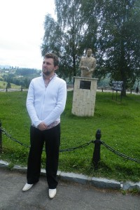 """Primarul şi turismul """"Dracula"""" la Bistriţa"""