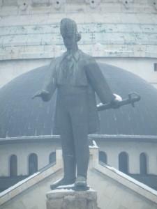 Ziua României, ziua centralismului?