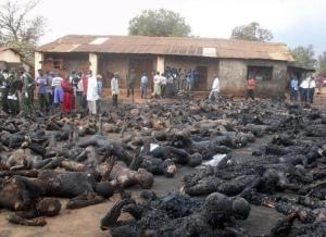 Crestini arsi de vii in Nigeria
