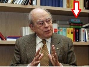 Jordi Pujol cu Dictionarul Roman Catlan in birou