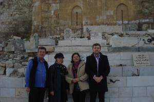 Impreuna cu familia la Poarta de Aur din Ierusalim