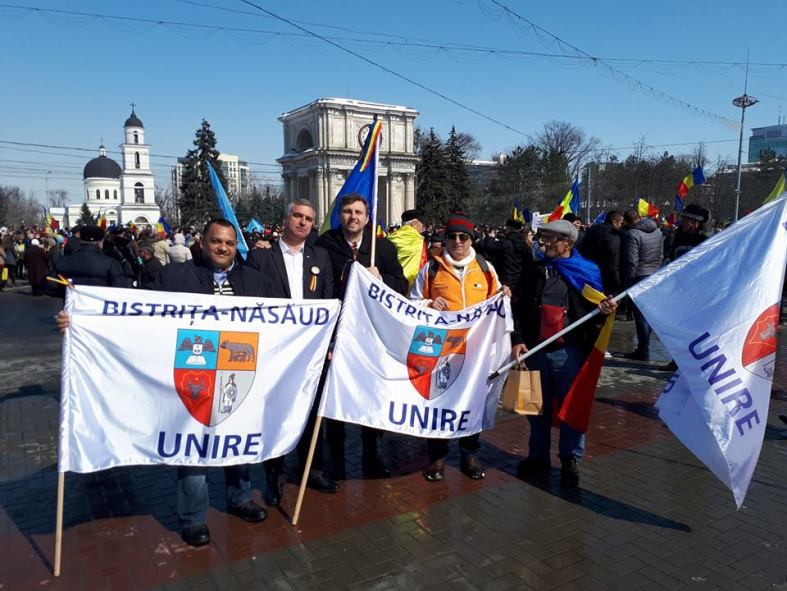 Marcel Snegur cu unionistii Bistriteni