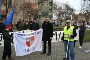Steagul Unirii pleaca pe jos de la Bistrita
